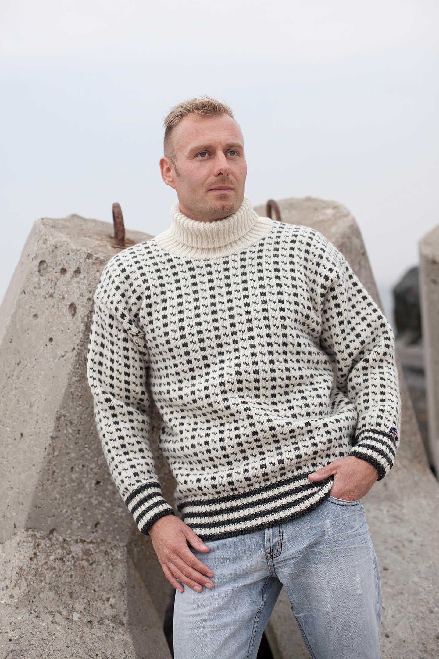 Original Isländsk polokrage tröja i ren ny ull från NORWOOL